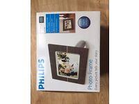Philips Electronic Photo Frame 7FFICWO
