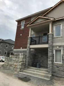 DUNSLEY WAY IN WHITBY, 3Br + 3 Wash, $2,100/Month