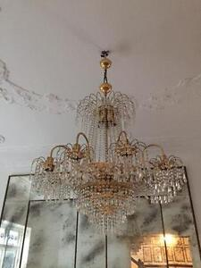 Chandeliers for sale Centennial Park Eastern Suburbs Preview