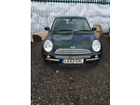 Mini Cooper 2013 1.6 Petrol 3dr Manual Green very good condition £1200 Wandsworth