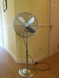 CHALLENGER Chrome Pedestal Silver Fan.