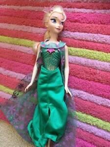Elsa doll Christophe doll Frozen Merrimac Gold Coast City Preview