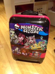 Monster High carry on solid suitcase