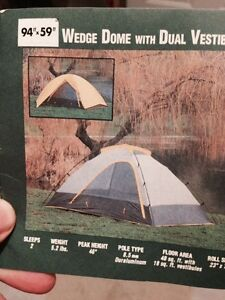 Quest dome Tent MINT condition London Ontario image 1