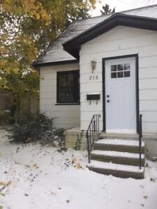 Charming Collingwood House available for Lease - May 1st