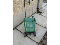 Garden fertiliser Spreader