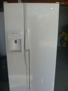 double door fridge Willetton Canning Area Preview