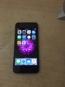 Apple IPod Touch - 5th Generation- 32GB- Space Grey