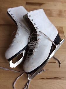 white figure ice skates size 9 women 10$