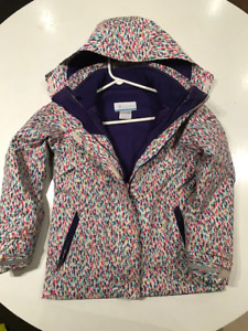 Girls Clothes .. North Face, Karbon, Spyder, Columbia and more!