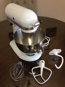 Like Brand New Kitchen Aid Mixer