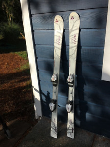 Fisher downill skis and bindings