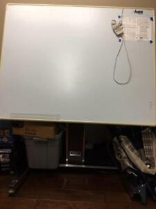 AccuGrid Electronic drafting board and automatic table