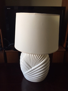 White Chunky Table Lamp
