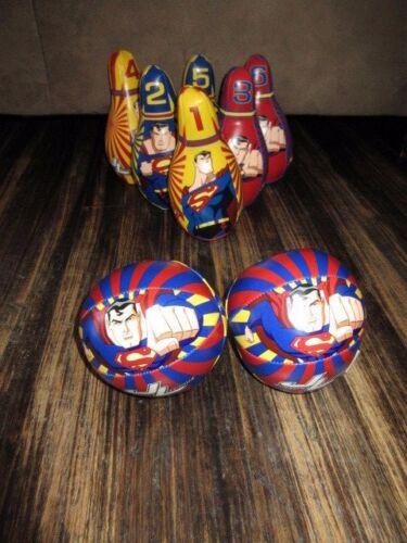 DC Comics Superman Justice League toddler Soft bowling set, 6 pins and 2 balls