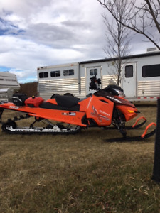 "2015 SUMMIT X 163"" (Snow checked) Excellent Condition"