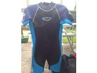 TWF shortie wetsuit 38 inch chest
