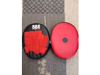 BBE SPARING MITTS /GOLDS GYM GLOVES