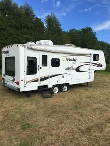 5th wheel camper 27'