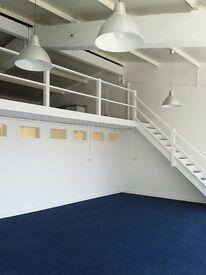 Desk & Photography Studio in South Bermondsey / New Cross
