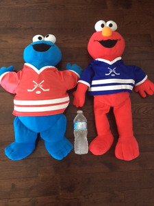 Sesame Street Jumbo Elmo and Cookie Monster