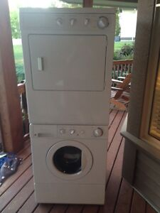 Frigidaire Washer/Dryer front load