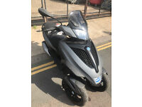 2013 Piaggio MP3 300 Yourban Sport LT in Grey great condition not 500