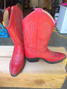 Kids Red Cowboy Boots - Size 5 (20)