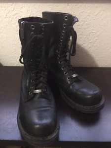 Zippered Harley Davidson motorcycle boots