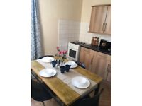 Lovely Spacious Double Room-E13 8Qe