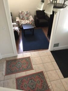 SPACIOUS ROOM FOR RENT - ATTENTION UW AND ST CLAIR STUDENTS