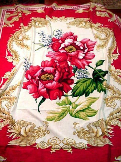 Vintage FABULOUS Unused ASIAN Design LG Tablecloth DRAGONS Roses ARTIST SIGNED