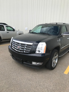 2010 Cadillac Escalade in Nice shape