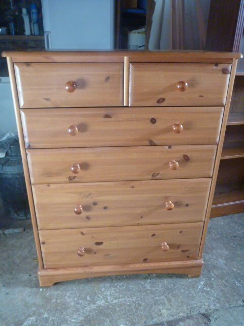 Solid Pine Large Chest of Drawers in Excellent Condition