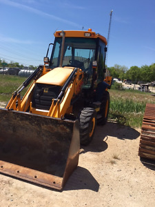 2010 JCB Backhoe     (Arriving in (2) weeks)