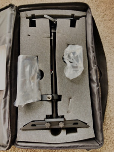 Like new ProAmUSA carrying case and Gimball. - Used once $120CAD