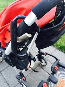 BUGABOO BEE STROLLER (RED), GREAT CONDITION London Ontario image 4