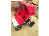 Easywalker double pushchair with cozy toes and raincover