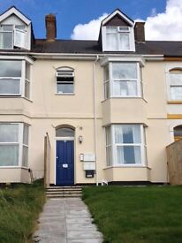 MODERN 1 BED APARTMENT CLOSE TO EXMOUTH TOWN CENTRE & BEACH
