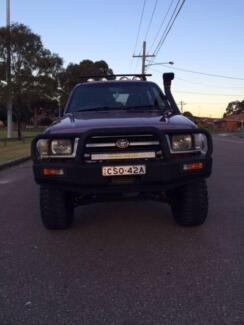 Toyota Hilux Ute 1998 Mooroobool Cairns City Preview