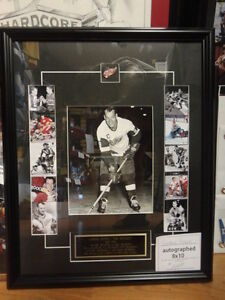 GORDIE HOWE AUTOGRAPHED 8x10, CUSTOM FRAMED W/SIGNING TICKET