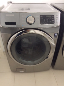 Samsung Washer and Dryer  /  Laveuse et Sécheuse