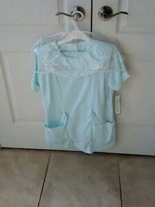 Deauville Light Green Uniform & Matching Pants - Size 5