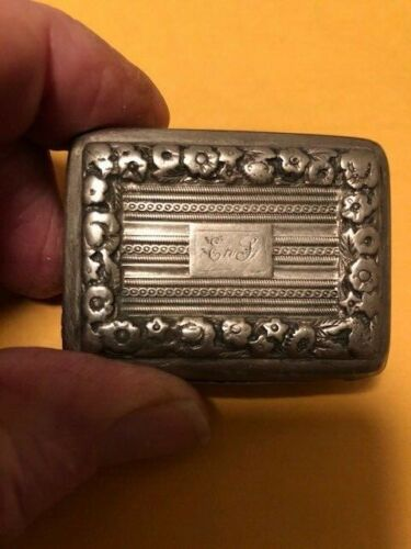 George III Sterling snuff box 1777 London excellent condition