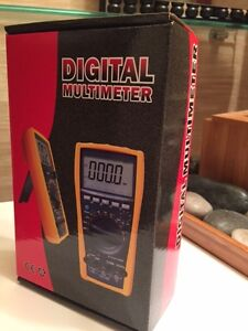 Auto-Ranging Digital Multimeter with Capacitance Test and MORE!
