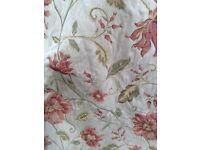 Fully Lined Curtains - 1 Pair -Fully lined woven tapestry traditional design measuring 54d x 46w