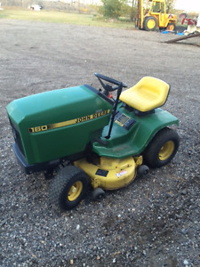 John Deere 160 lawn tractor with mower
