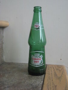 Vintage Green Glass Canada Dry Bottle from 1964 – 10 Fluid Ounce