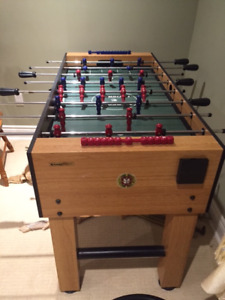 AMERICAN MADE FOOSE BALL FOR SLAE AT TRHOW AWAY PRICE.