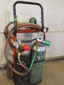 """Cutting / welding torch kit with """" B """" tanks"""